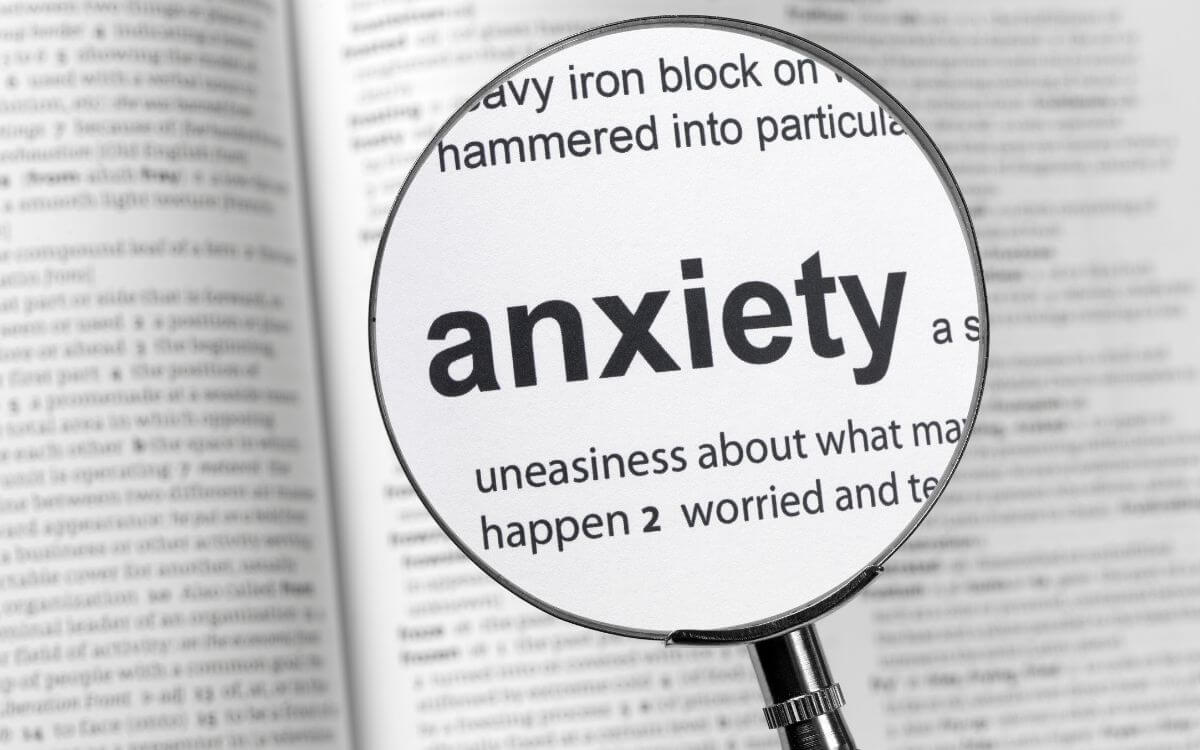 Can anxiety cause a chest pain 3