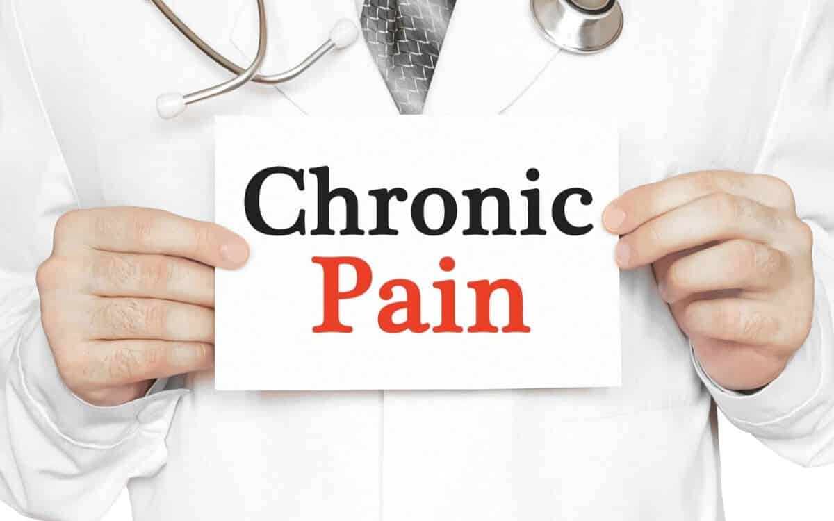 A male guide to loving a woman with chronic pain 1
